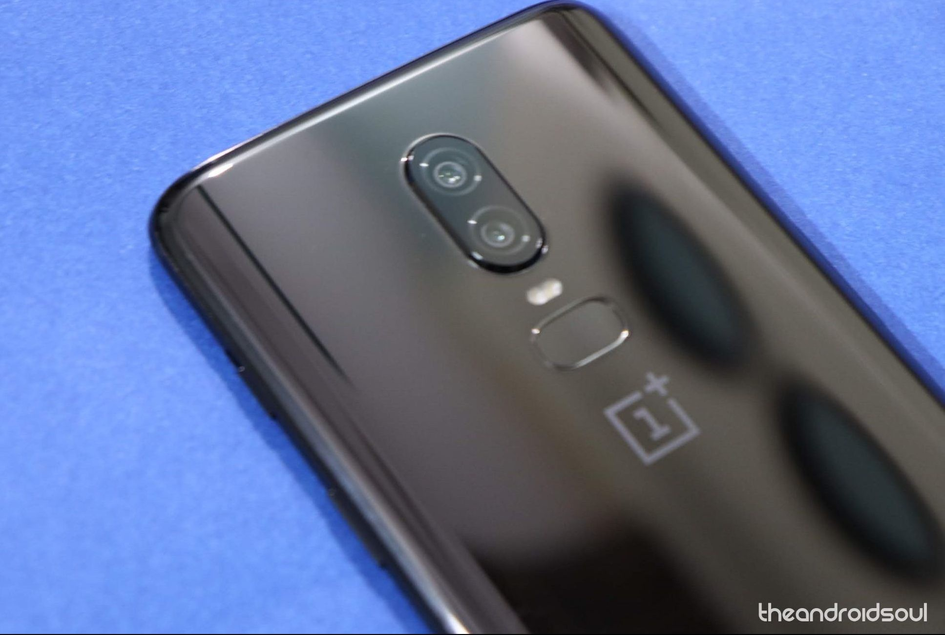 OnePlus 6 Android Q update