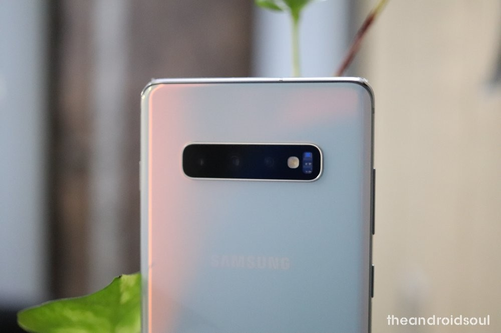 Galaxy S10 Plus screen protector