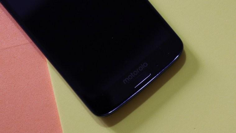 Moto G6 Plus smartphone