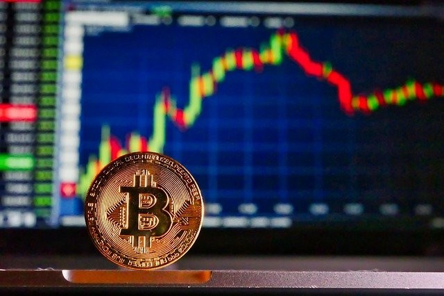 Why is Ethereum dropping? Bitcoin