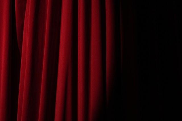 What is a dApp? Curtain