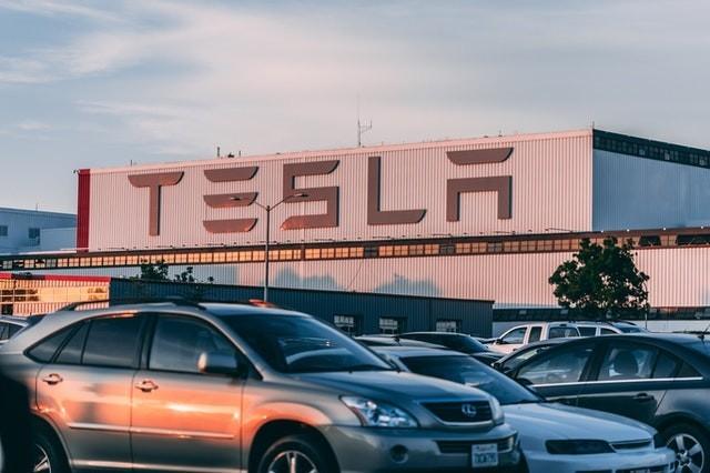 What is edge computing? Tesla